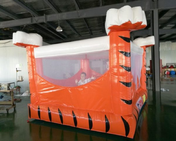 Castillo Inflable Tigre 4