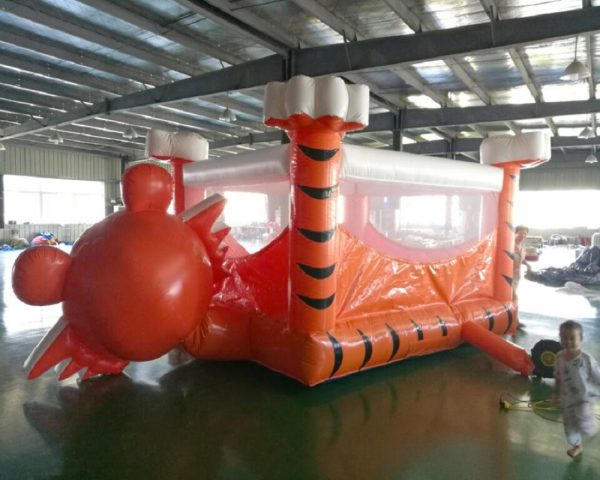 Castillo Inflable Tigre 1