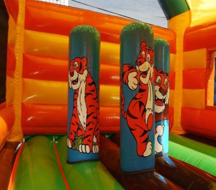 castillo inflable tigre 3